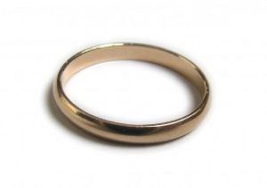 gold-ring-wedding-ring-travel-safe