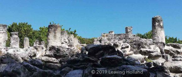 E Rey, playa Delfines, Maya ruins, pyramid, Cancun